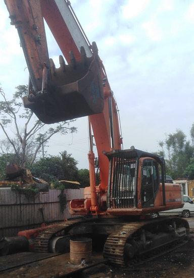 2007 Doosan DX480LC Excavator