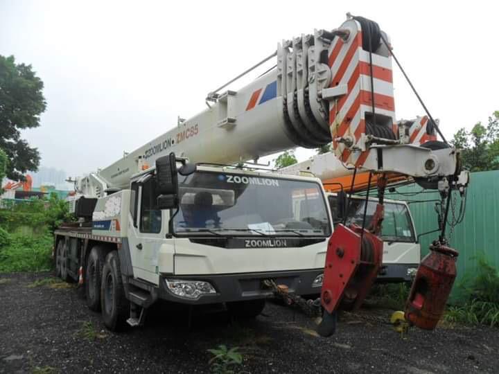 2013 Zoomlion ZMC85 Truck Crane