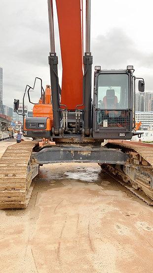 2018 Doosan DX480LC Excavator w/ SLR