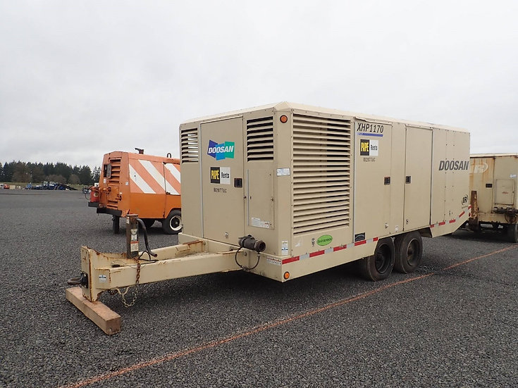 2012 Doosan XHP1170 Air Compressor
