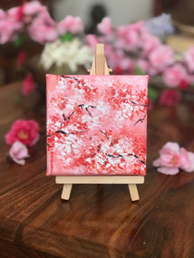 Mini canvas with easel - 10 cm x 10 cm  Make your space cute with these mini art