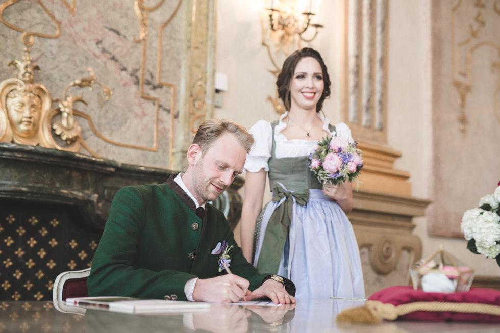 Hochzeit_16618-244.jpg
