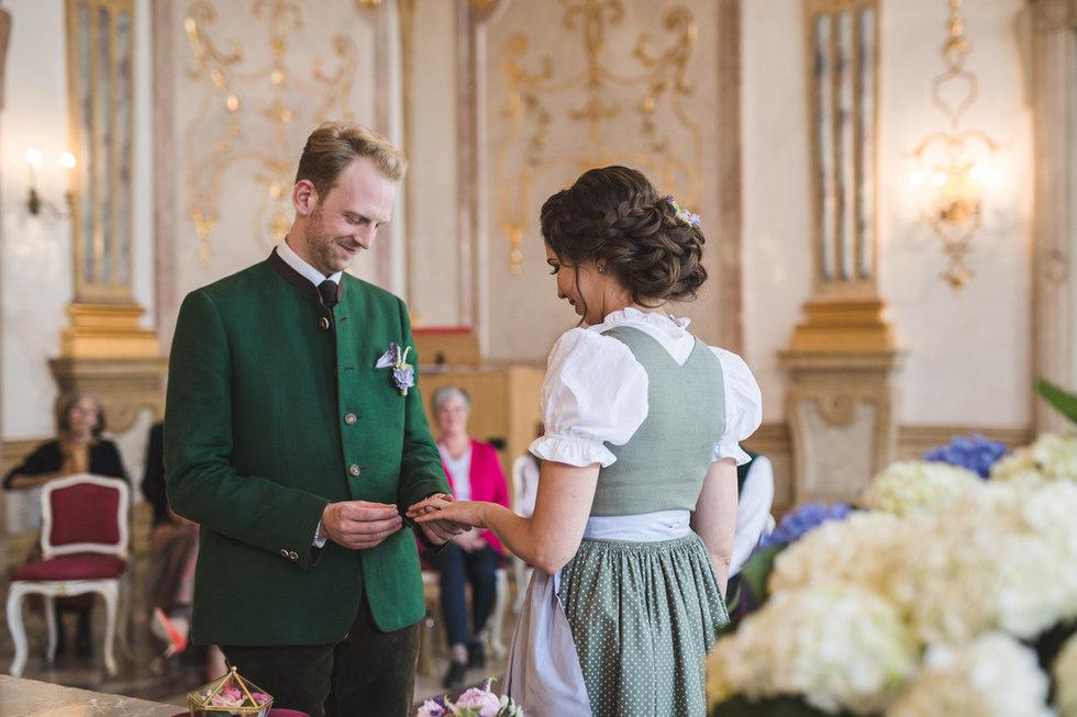 Hochzeit_16618-227.jpg