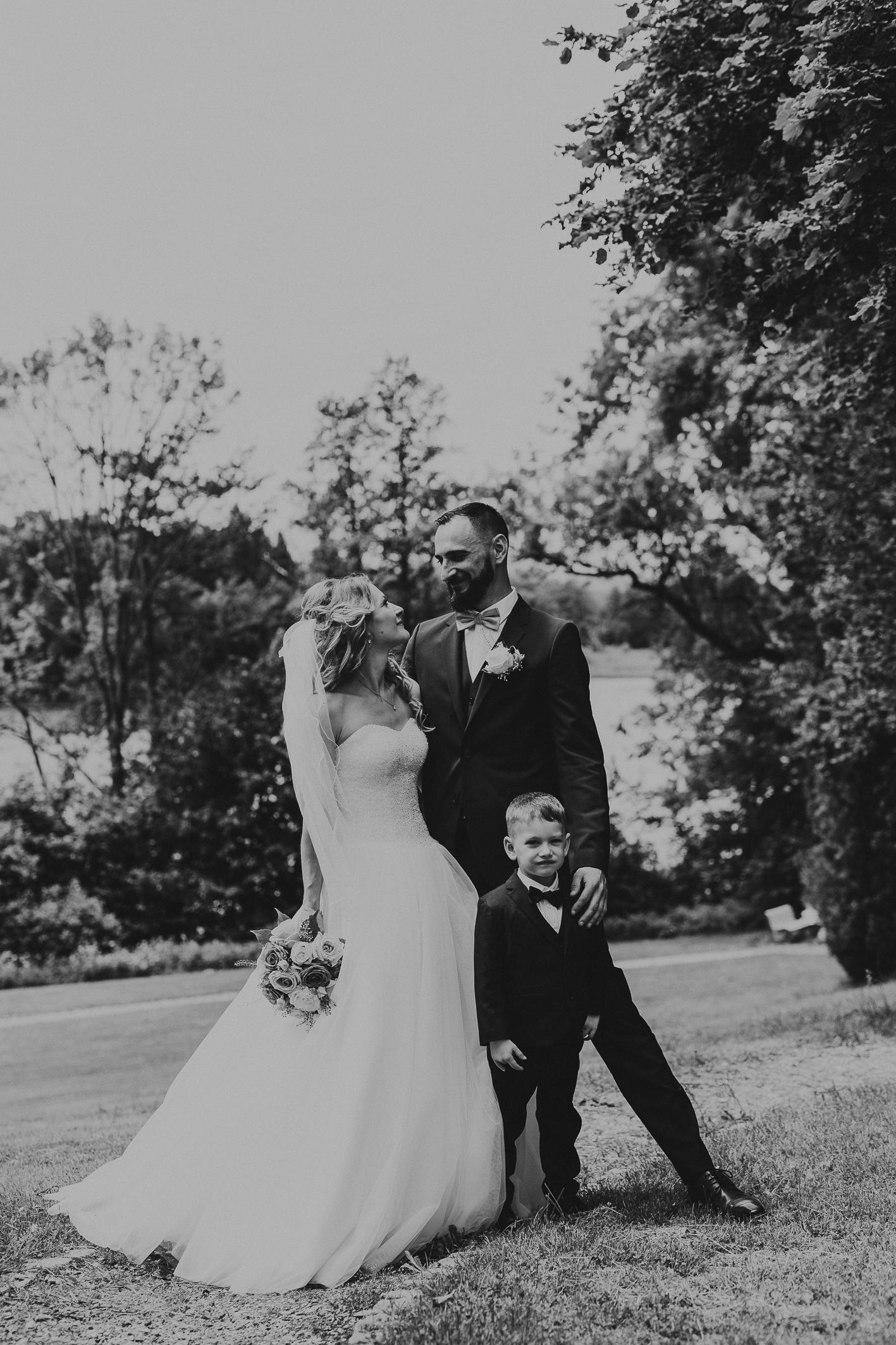 Brautpaar schwarz-weiß