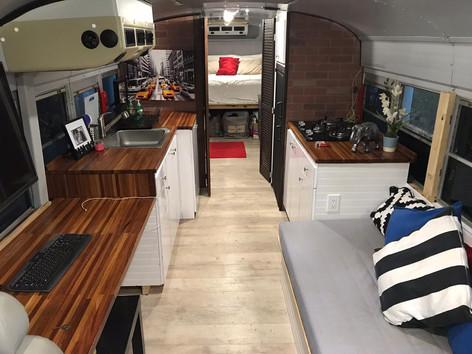 Camper Van Rental Yucatan Mexico - Mobile Home Autobus - Alfa Combi