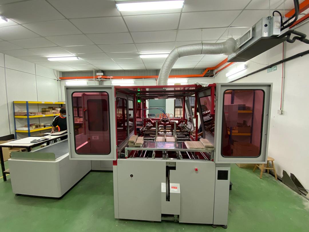 Rigid-Box-Machine-2C.jpg