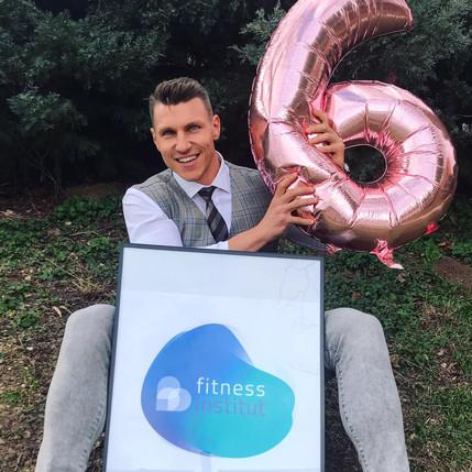 Podívejte se na svět fitness a podnikání očima Jana Cahy, majitele Fitness Institutu a osobnosti čes