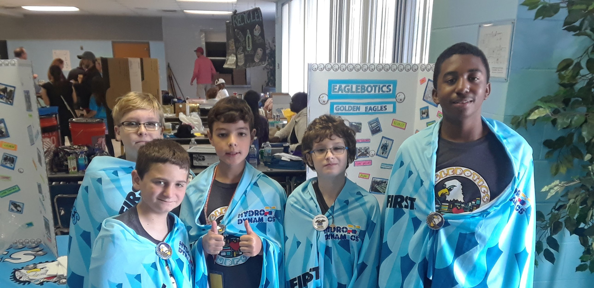 Team Photo FLL.jpg