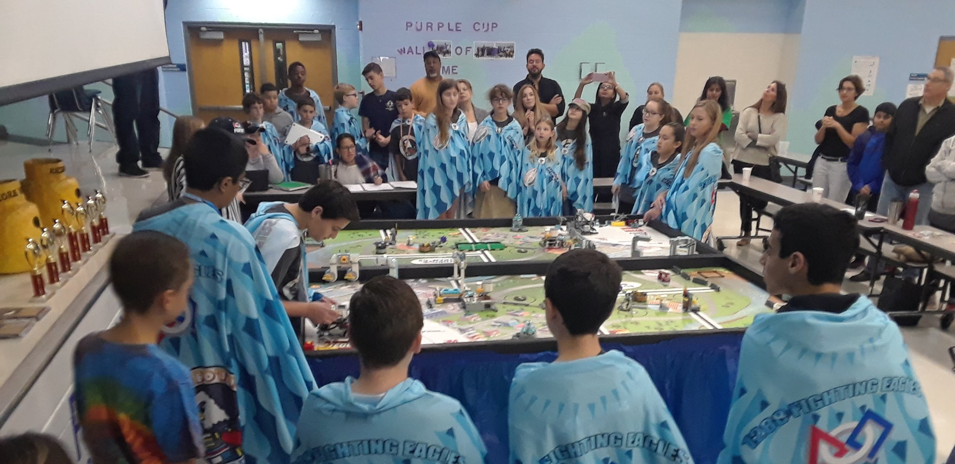 Table Team Photo FLL.jpg