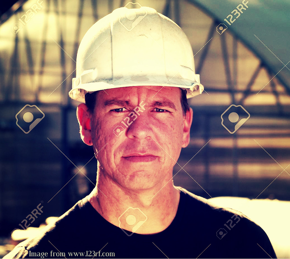 Man in hard hat-Linkedin profile picture-jobs in Africa