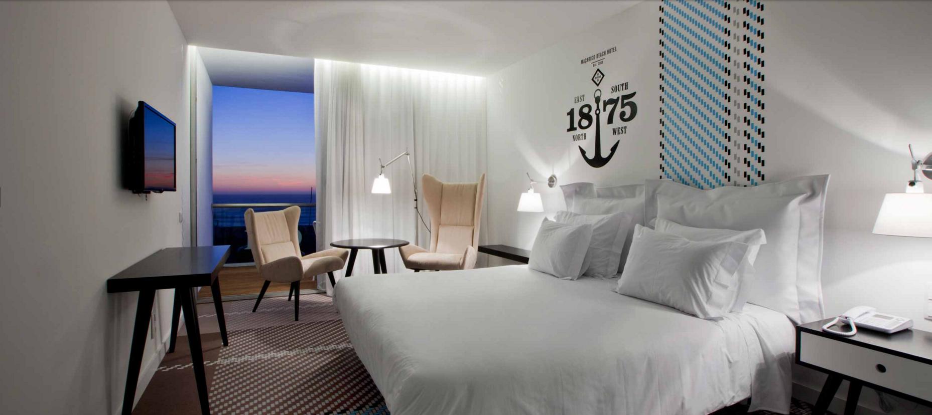 BEACH HOTEL-MIRA