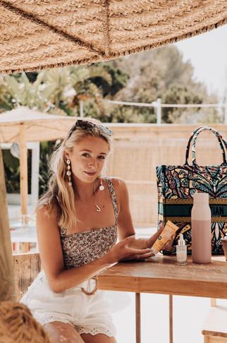 MDRN LOVE - Web Res -Josie Ibiza DSC0208