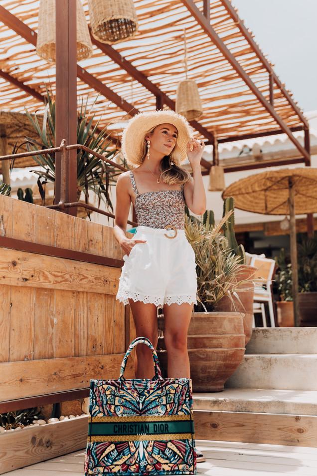 MDRN LOVE - Web Res -Josie Ibiza DSC0195