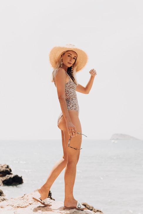 MDRN LOVE - Web Res -Josie Ibiza DSC0184