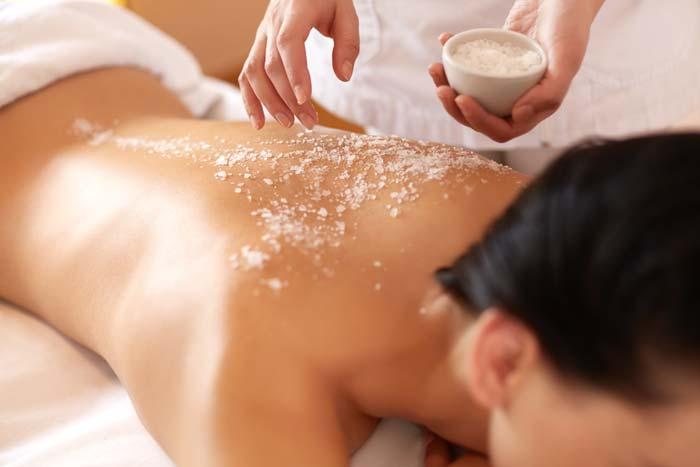 Massaggio scrub