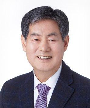 상임위원장 김의중 목사