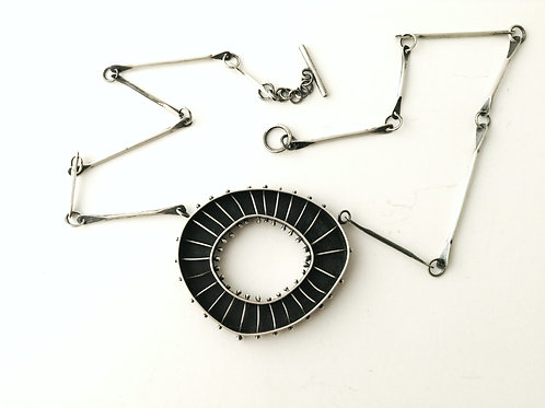 spindle necklace
