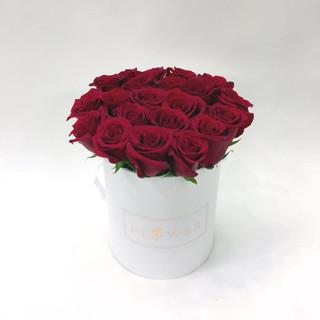 2021_valentines_day_dozen_roses_bucket