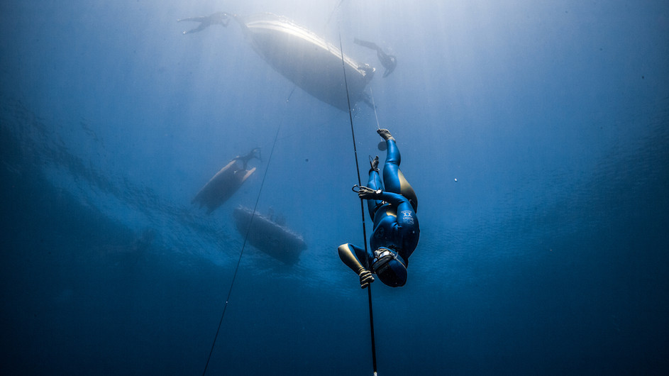 Dive deeper with Daan - freediver and underwater photographer