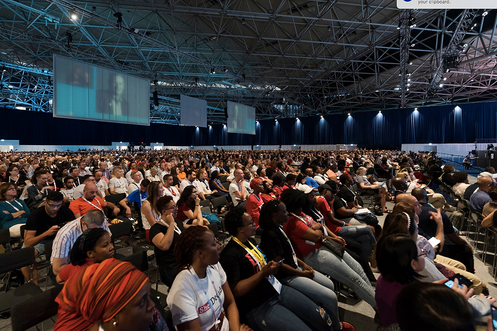 Event photographer at AIDS 2018