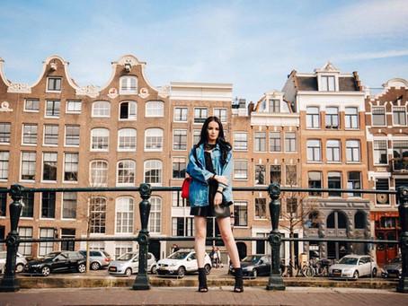 Fashion lover meets Amsterdam streets
