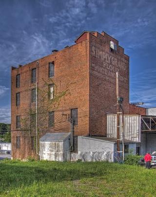 Simply Grand Mill pre-renovation
