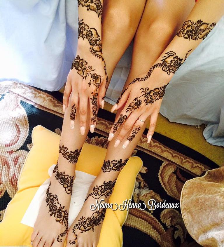 Bride with a Khaleeji henna