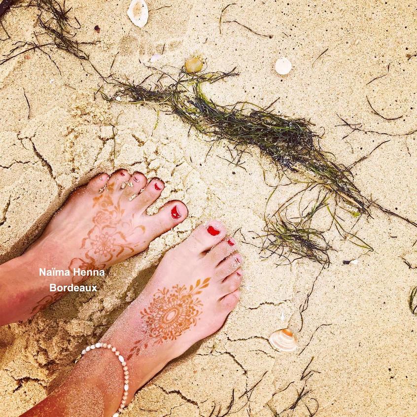 henne-pieds-summer