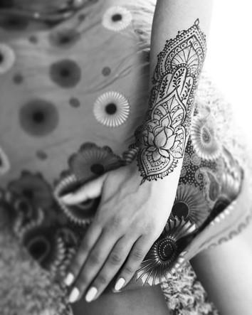 Jagua-tattoo-manchette.jpg