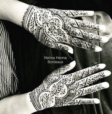 Traditional indian henna _Design_ _naima