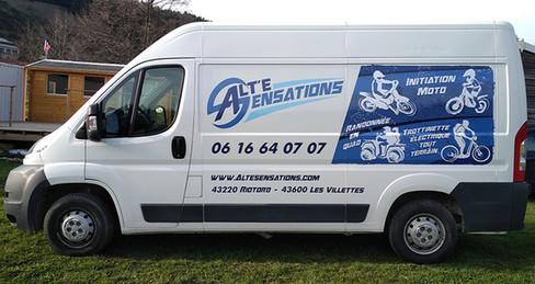 Camion_Alte_Sensations_carr%C3%A9_edited