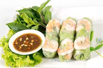 Fresh Roll with shrimp inside and chicke