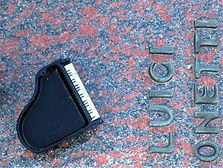 Grab Pianist.jpg