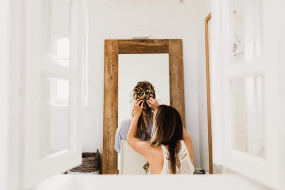 https://www.siewgratton.com/makeuphair