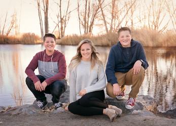 Lehi, Utah Newborn photographer | Families | Thistle Lane
