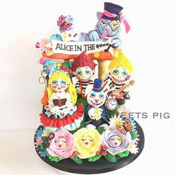 ALICE IN THE ☆☆☆☆