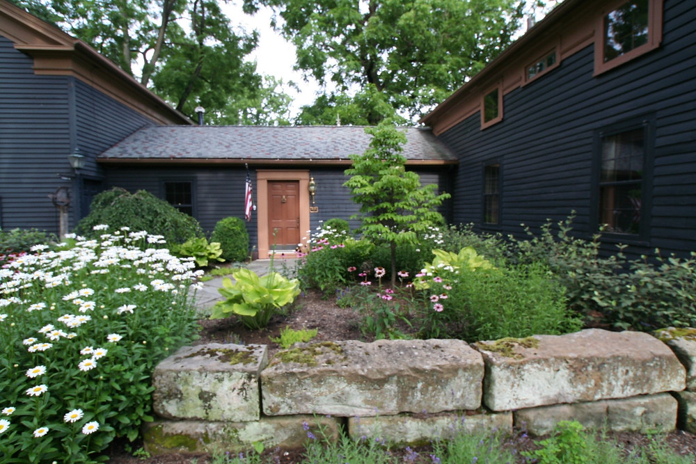 Landscaping design and installation by Franklin and Associates 2