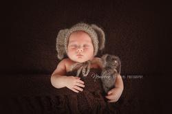 Newborn and Baby Photographer Nelson