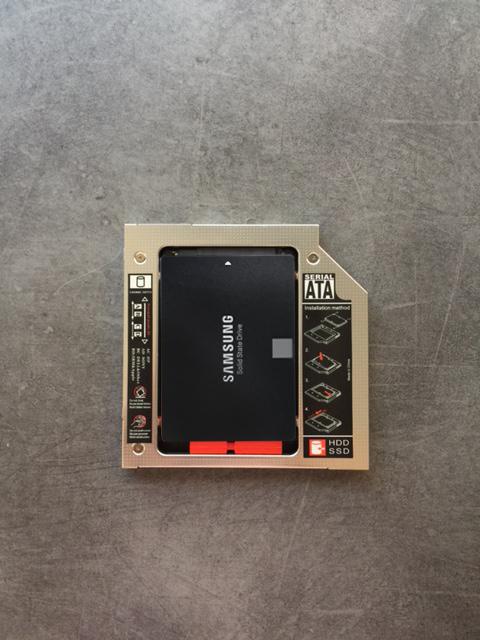 Caddy équipé d'un SSD