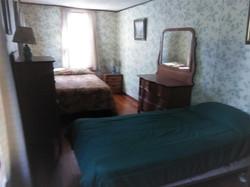 Lakeside Bedroom 2
