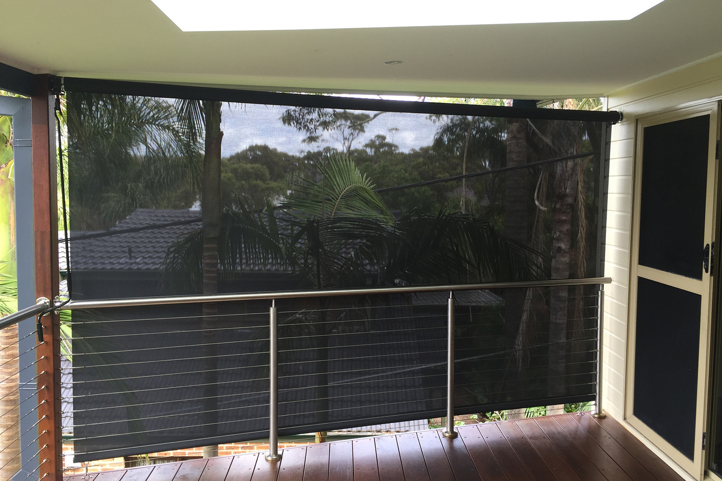Outdoor awning | External roller blind | Cafe blinds | Straight drop awning|