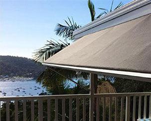 window awnig, pivot arm awnng, robusta awning, System 2000 awning, window shade