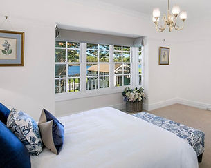 roman blinds, bedroom blinds, beach blinds, custom made blinds, sydney blinds, living room blinds, roller blinds