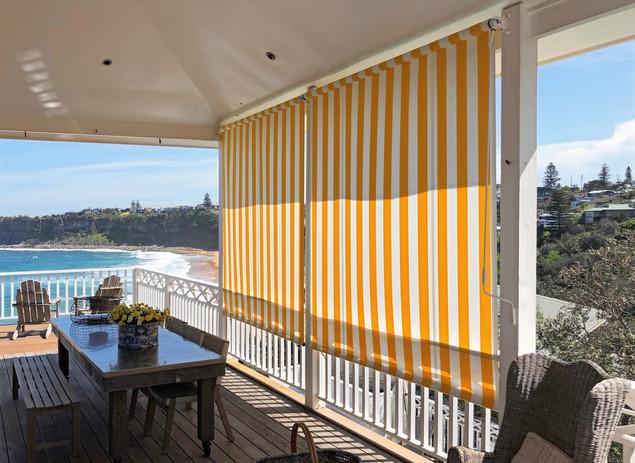 striped cafe blinds.jpg