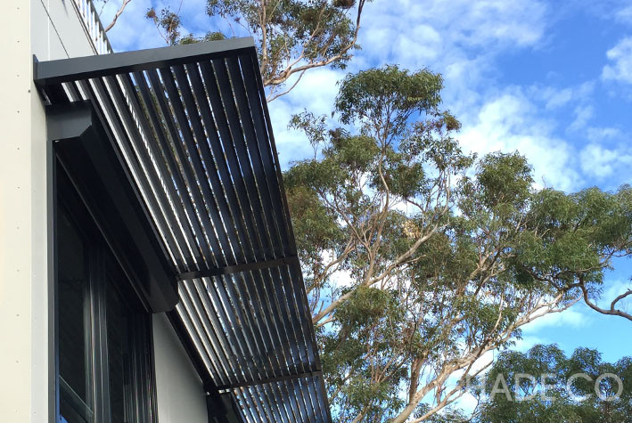 Louvre awnings custom made | Fixed blade louvre awning | BASIX awning