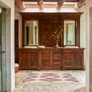 Santa Fe Bathroom