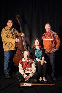 Kawandak: Jazz autochtone. Musique contemporaine autochtone. Power quartet jazz, blues et rock, dirigé par le contrebassiste Normand Guilbeault.