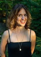 Eveline Grégoire Rousseau , harpiste Choeur de femmes de Karen Young.jpg