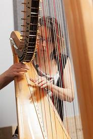 Éveline Grégoire-Rousseau, Harpiste, Choeur de femmes de Karen Young.jpg