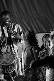 Sadio Sissokho / Artiste à l'école / Les Productions Mosaiculture